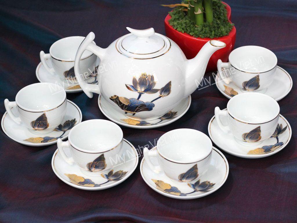 Bộ bình trà dáng bưởi vẽ sen viền chỉ vàng