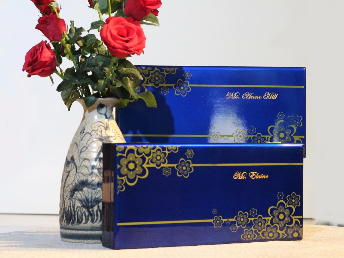 Quà tặng sếp nữ Khăn choàng lụa Hà Đông kết hợp hộp sơn mài quà tặng cao cấp