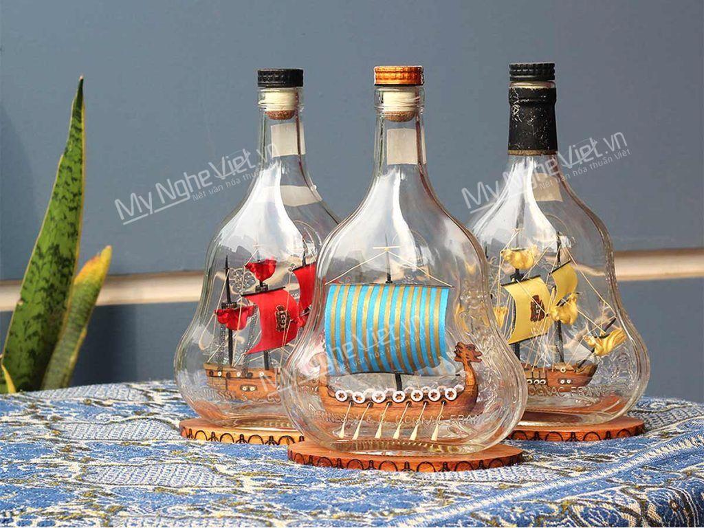 Quà tặng mô hình thuyền trong chai