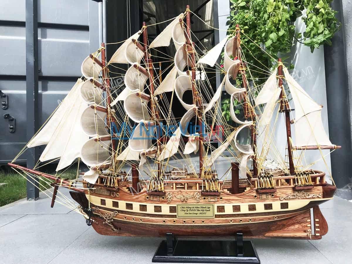 Mô hình thuyền France-II tặng ngày thành lập thật hoành tráng