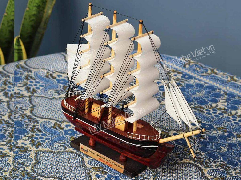 Quà tặng thuyền in logo ý nghĩa, bán chạy nhất